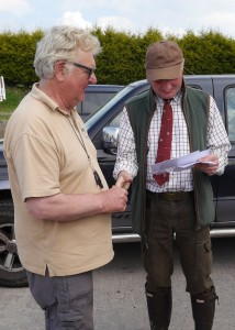 Mike Pilling receiving his certificate